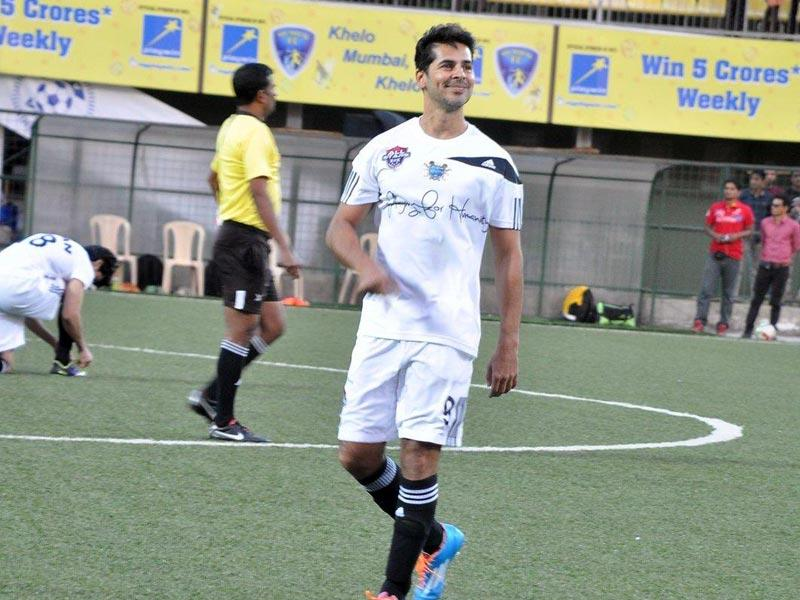 Dino Morea snapped during the all stars football match in Mumbai. (Photo: IANS)