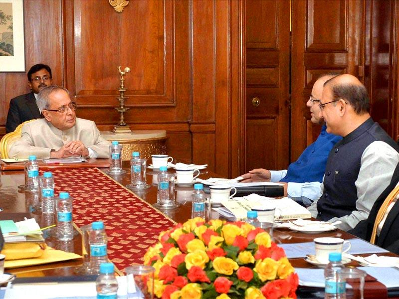 President Pranab Mukherjee with finance minister Arun Jaitley and MoS Jayant Sinha at Rashtrapati Bhavan before presentation of the Union budget in Lok Sabha in New Delhi. (PTI photo)
