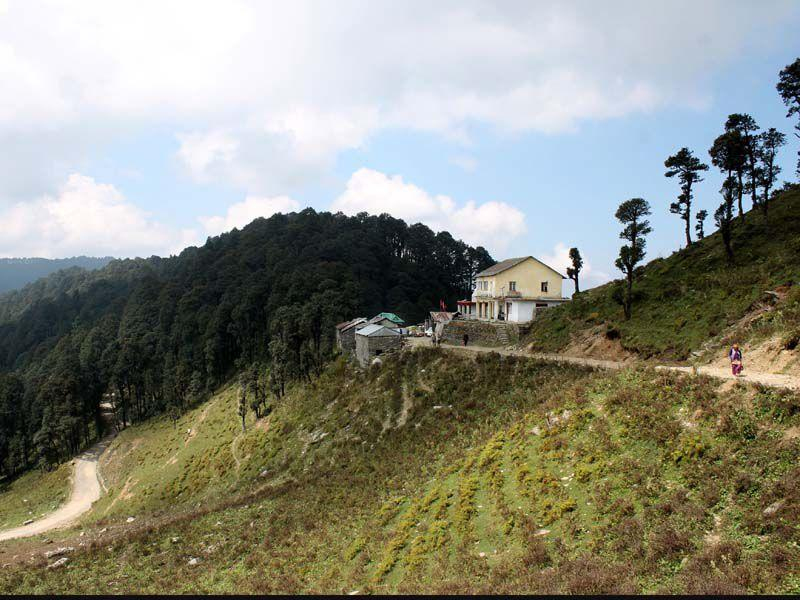 A view of Jalori jot in Kullu. Aqil Khan/HT