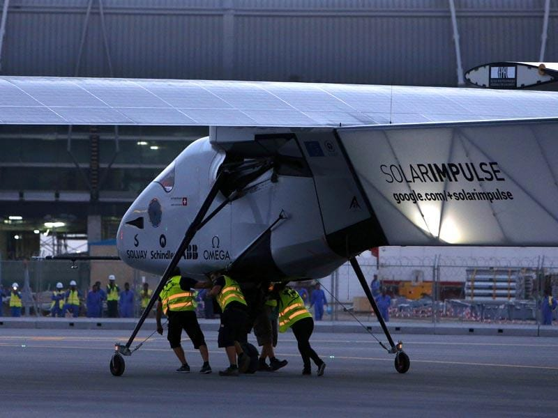 Solar Impulse 2 gets prepared at Muscat airport in Oman. (AFP Photo)