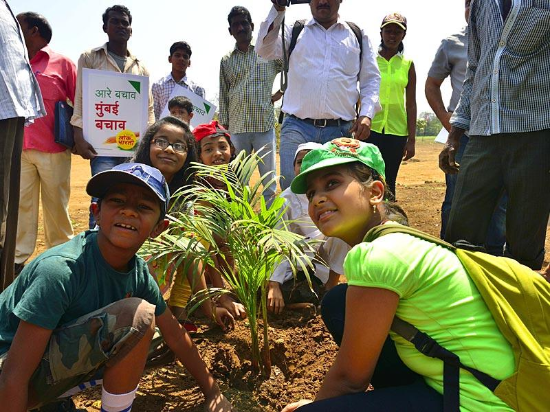 Locals from Aarey Colony and members of Lok Bharti Party re-planted trees in order to save the last green belt in Mumbai. (Nikhil Sachdeva)