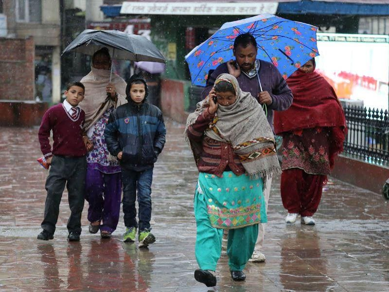 Rain lashed Mandi on Monday. Birbal Sharma/HT
