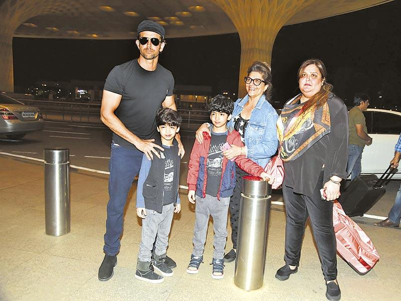 Hrithik Roshan, with mother Pinky, sister Sunaina and sons Hridhaan and Hrehaan were at the Mumbai airport, heading to Maldives. (Photo: Viral Bhayani)