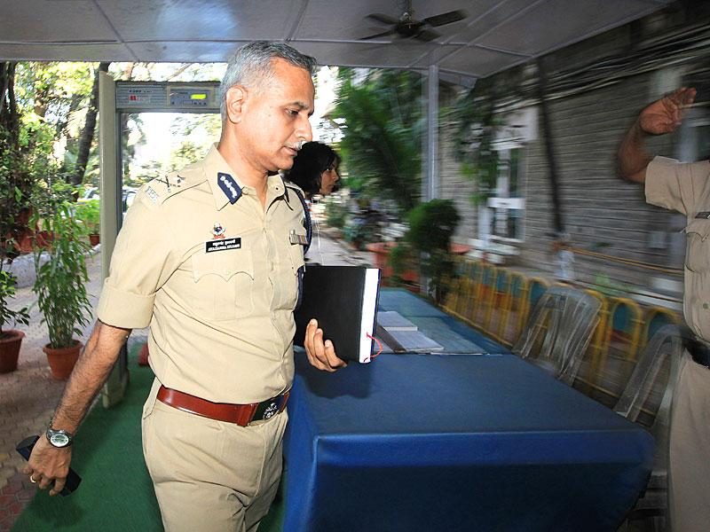 Jt Comm. Atul Kulkarni took charge as the head of the Mumbai Police Crime Branch. (Anshuman Poyrekar/HT photo)