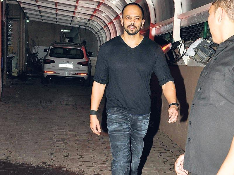 Rohit Shetty spotted in black. (Photo: Viral Bhayani)