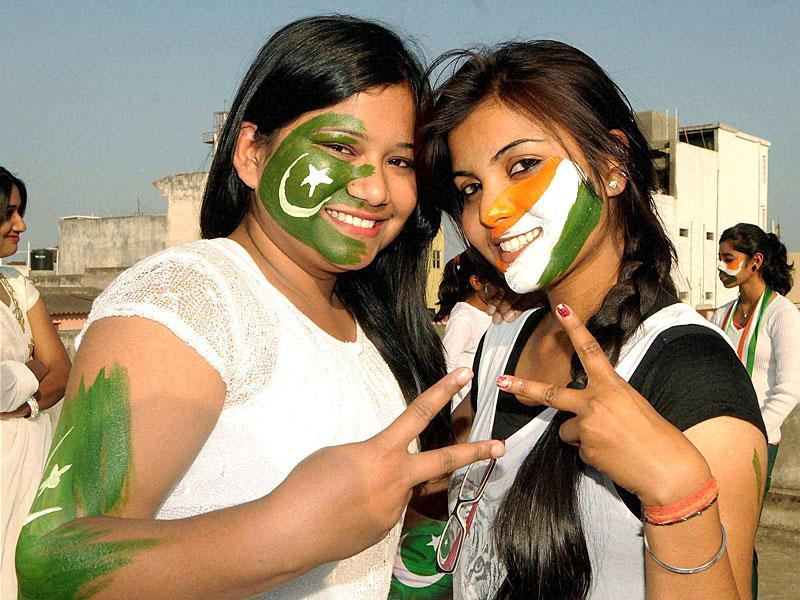 Youngsters get ready up for the India vs Pakistan match at World Cup 2015, in Ranchi on Saturday. PTI Photo