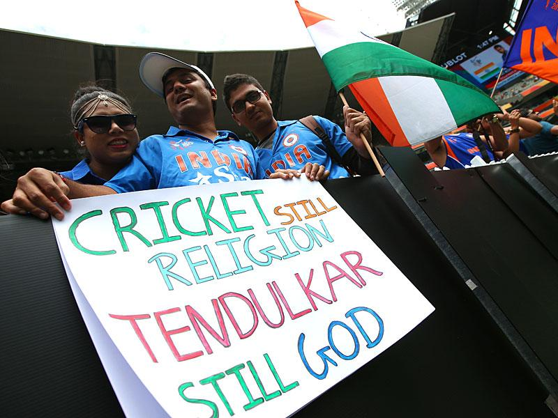 Indian fan's hold banners ahead of their Cricket World Cup pool B match against South Africa in Melbourne, Australia, Sunday, Feb. 22, 2015. (AP Photo)