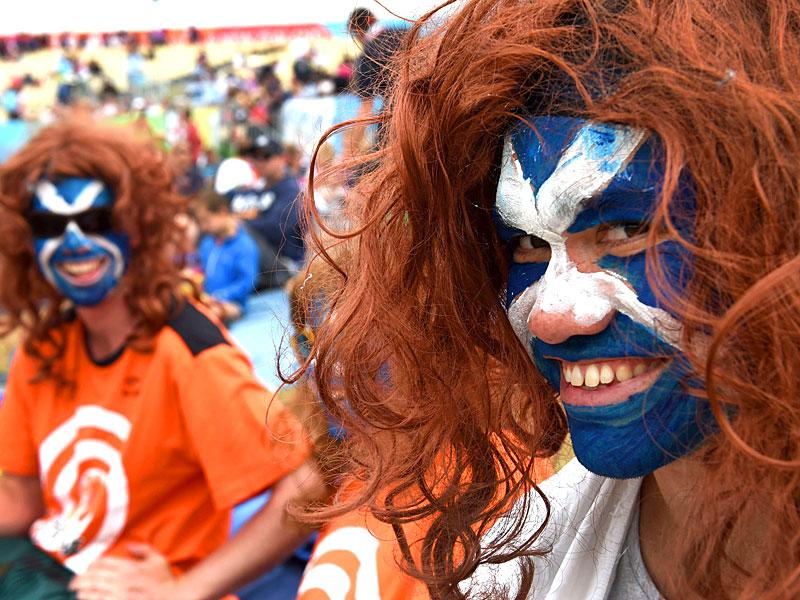Scotland fans cheer on their team during the 2015 Cricket World Cup Group A match between England and Scotland in Christchurch on February 23, 2015.  AFP PHOTO