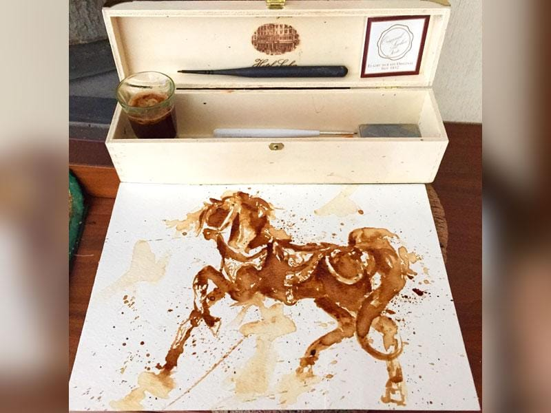 A horse painted in coffee by Maria Aristidou.
