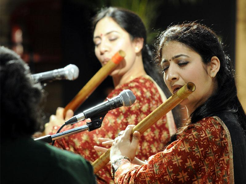 Flute sisters Suchismita and Debopriya perform in Indore on Thursday on the occasion of Sohanlal Snaghi Sangeet Smriti programme. (Shankar Mourya/HT photo)