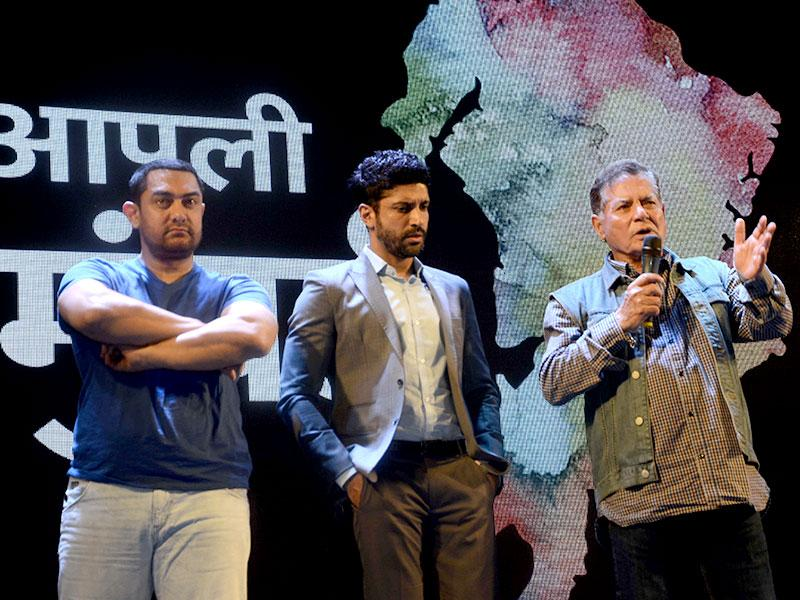 Aamir Khan, Farhan Akhtar with screenwriter Salim Khan and lyricist Javed Akhtar during a seminar convened by MNS chief Raj Thackeray to discuss the controversial Mumbai Development Discussion (MDP) in Mumbai, on March 28, 2015. (Photo: /IANS)