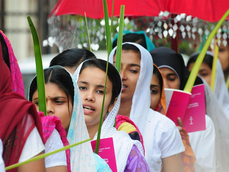 Christians take part in Palm Sunday procession taken out from St. Thomas Church in Bhopal. (Mujeeb Faruqui/HT photo)