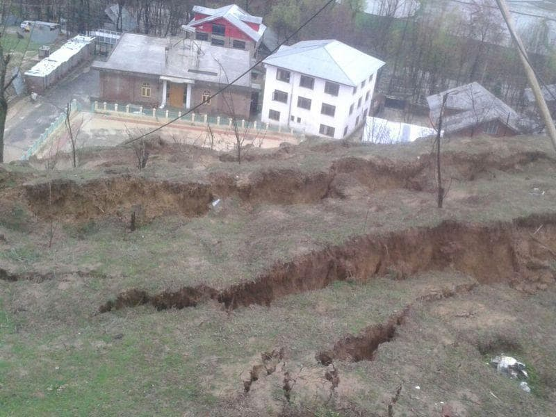 Landslide in central Kashmir Budgam's Ompora water plant. HT Photo