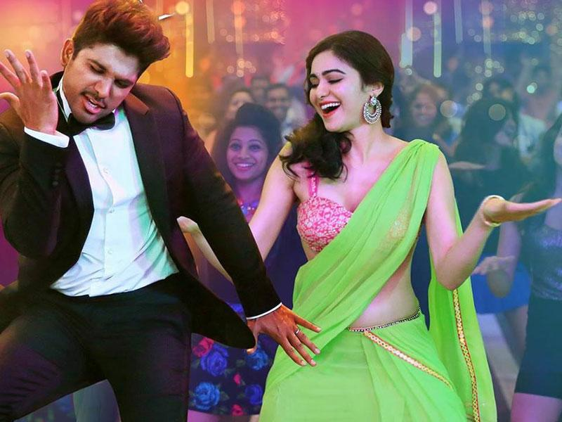 Given Allu Arjun's track record as an ace dancer, expect some amazingly choreographed numbers. (SonOfSathyaMurthyTheMovie/Facebook)