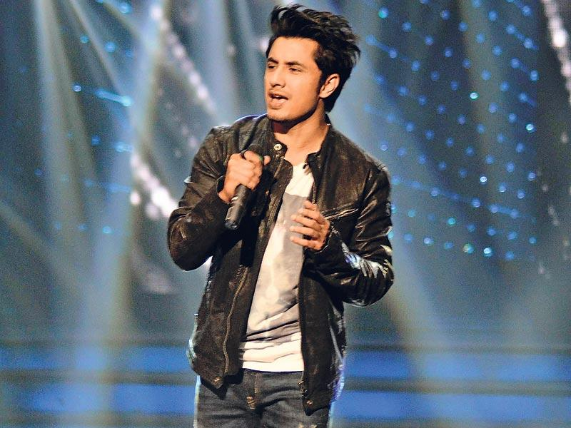 Ali Zafar performed on the sets of Sa Re Ga Ma Pa L'il Champs. (Photo: Viral Bhayani)