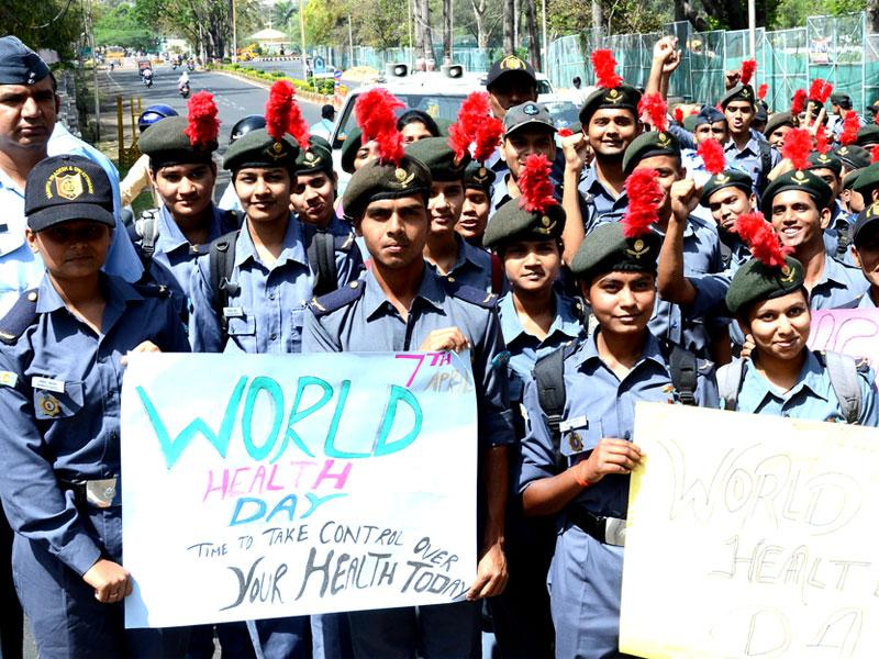 NCC cadets take out a rally on the occasion of World Health Day, in Bhopal on Tuesday. (HT photo)