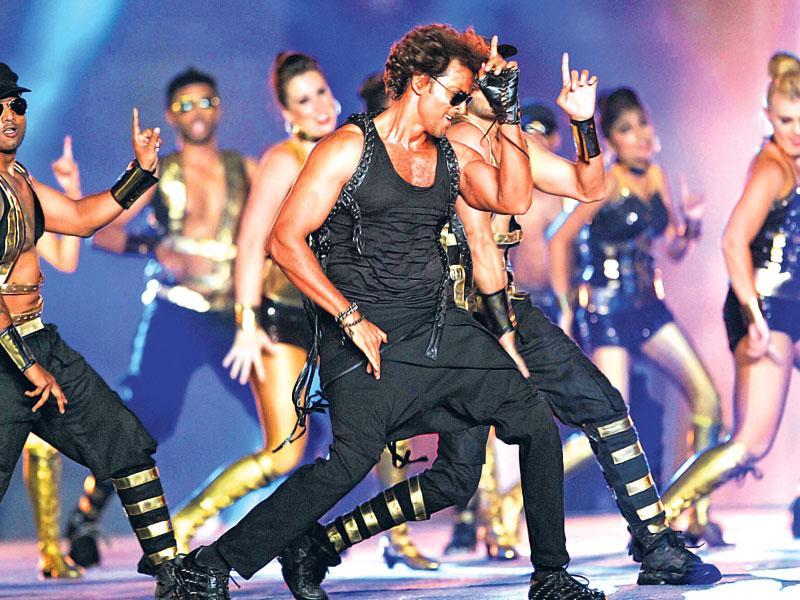 Hrithik Roshan performs at IPL 2015 opening ceremony. (PTI Photo)