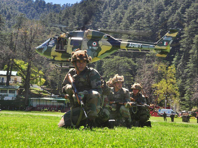 Cops of Assam regiment from Indian army in action during mock drill in Shimla. Santosh Rawat/HT