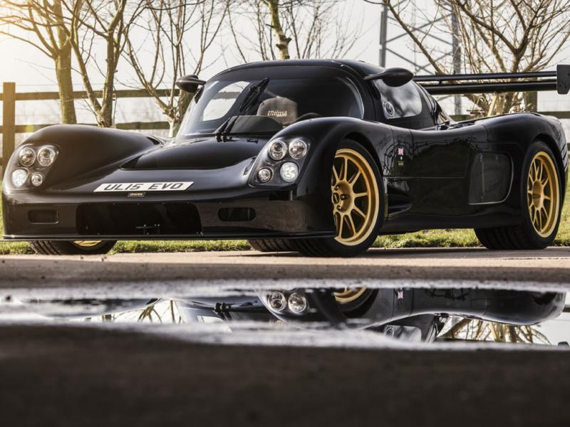 The Ultima Evolution: 9.2 sec @ 156mph (251kph) : The car's supercharged Chevrolet 6.8-liter V8 pumps out 1020bhp which in turn means the Evolution can go from 0-100km/h in just 2.3 seconds and onto a top speed of 240mph. Photo:AFP