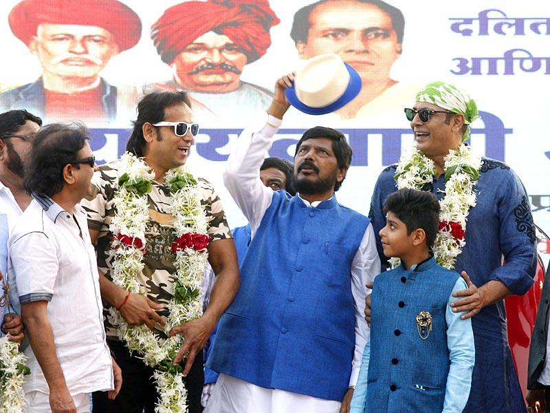 Ramdas Athawale, president of Republican Party of India (RPI) was pictured along with his party workers at a meeting at BKC in Mumbai. (Pratham Gokhale/HT photo)