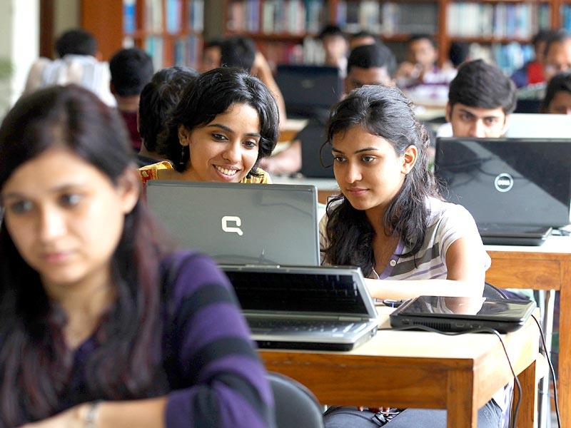 Students inside the library at IMT, Ghaziabad. (HT Photo/Raj K Raj)