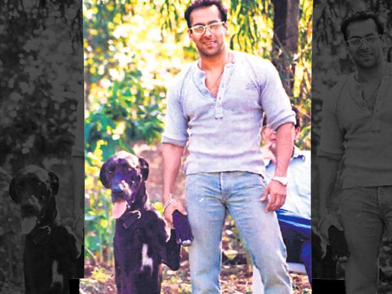 Salman Khan with one of his dogs. Salman recently lost his dog Veer and tweeted about it. Salman has a number of dogs and has even said that his film Chillar Party where a group of children help a stray dog was a tribute to his canines. (HT photo/Yogen Shah)