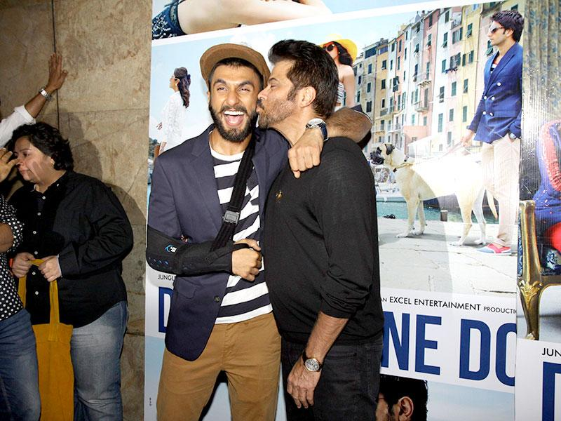 Anil Kapoor, too is not one to be left behind. He kisses Ranveer Singh. (Photo: IANS)