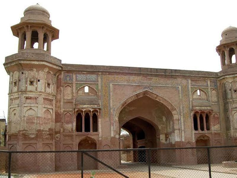 Sarai Amanat Khan: The Mughal architecture near Amritsar. Built by Amanat Khan,who was also calligrapher of the famous Taj Mahal. Sameer Sehgal/ HT