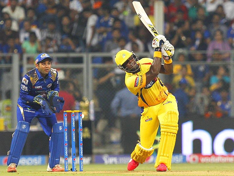 Dwayne Smith of Chennai Super Kings in action against Mumbai Indian during an Indian Premier League (IPL) T20 at Wankhede Stadium, in Mumbai. (HT Photo/Anshuman Poyrekar)