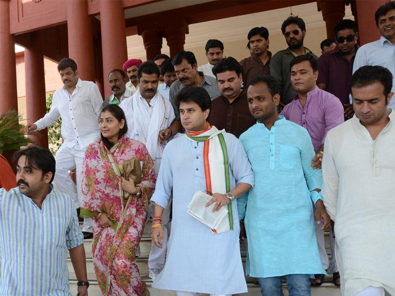 Congress MP Jyotiraditya Scindia said the decision to set up colleges was approved during the UPA regime, however, the state government did not send MoUs to the Centre. (HT photo)