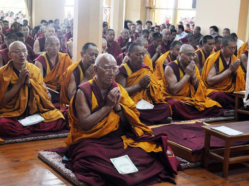 Monks and Tibetan leaders in exile during the special prayer ceremony for the earthquake victims at the Tsuglagkhang temple in Mcleodganj near Dharamsala. Shyam Sharma/HT