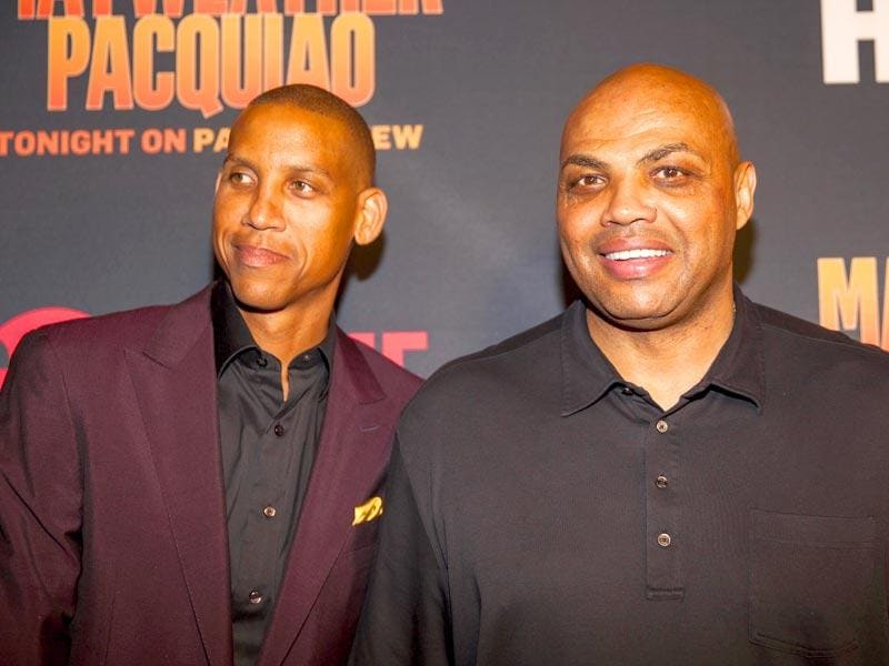 Reggie Miller and Charles Barkley pose for the shutterbugs at the Mayweather vs Pacquiao VIP Pre-Fight Party at MGM Grand on Saturday, May 2, 2015, in Las Vegas, Nev. (Photo: AP)