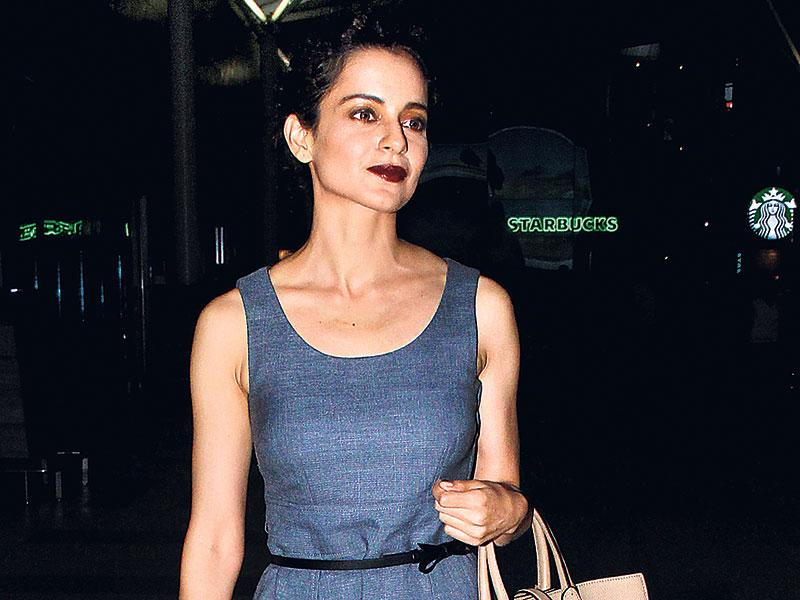 Kangana Ranaut makes an elegant appearance at the Mumbai airport. (Photos:Yogen Shah)