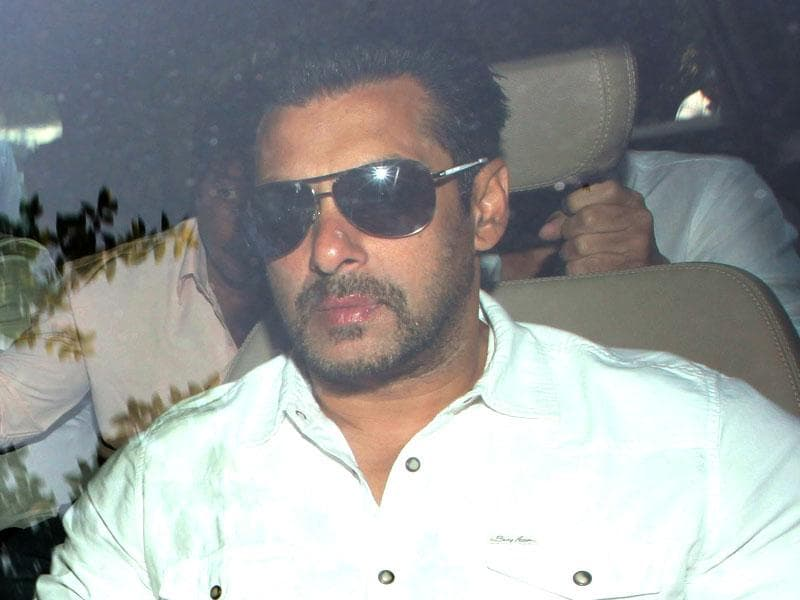 Salman Khan arrives in a car at the sessions court in Mumbai. (Kunal Patil/HT Photo)