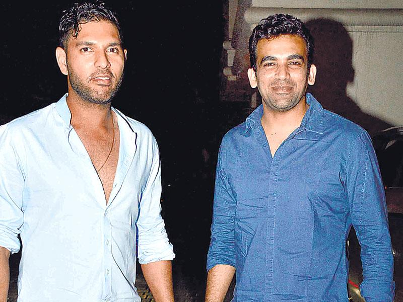 Zaheer Khan and Yuvraj Singh were also present at Abhishek Kapoor's wedding. (HT photo)