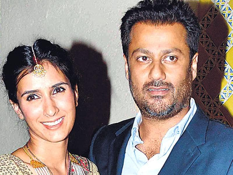 Director-writer Abhishek Kapoor married Swedish actor-model of Indian origin, Pragya Yadav on Monday (May 4). After the ceremony, the couple hosted the reception in the evening. (HT photo)