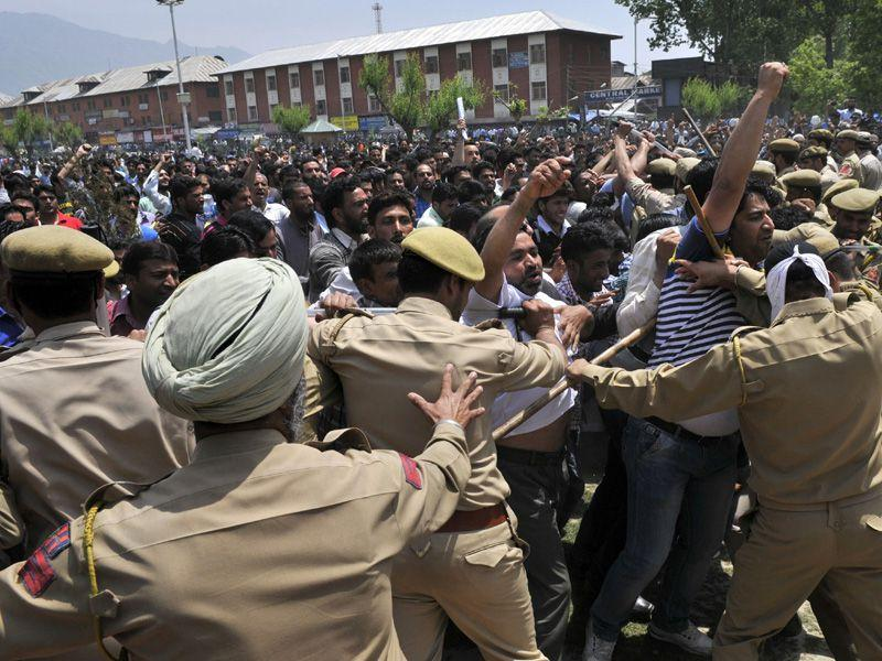 Dozens of government employees were detained as they tried to stage a protest march to voice their demands for the regularisation of jobs in Srinagar. Waseem Andrabi/HT