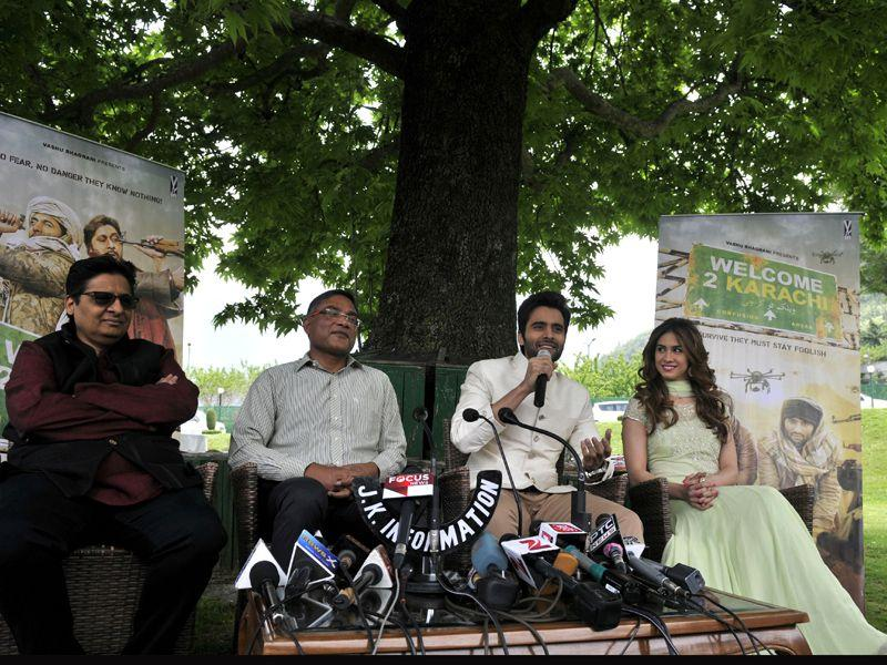 Actors Jackky Bhagnani and Lauren Gottlieb talking to mediapersons during promotion of their film 'Welcome 2 Karachi' in Srinagar. Waseem Andrabi/ HT