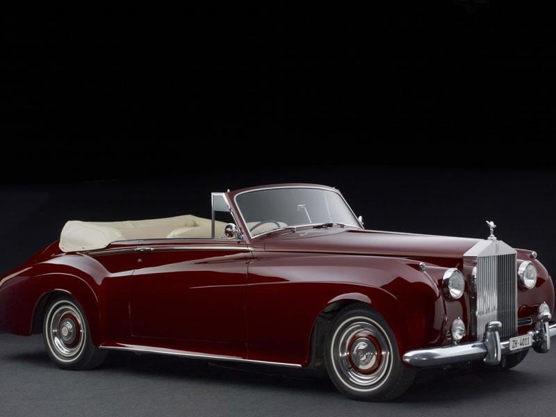 1961 Rolls-Royce Silver Cloud : It is a cabriolet version of this nearly two-ton icon from the British luxury brand that is up for auction. Its powerful V8 engine can propel it to just over 110mph (180km/h), all while enjoying the legendary luxurious comfort of Rolls-Royce. Valued at $200,000 to $240,000. Photo:AFP