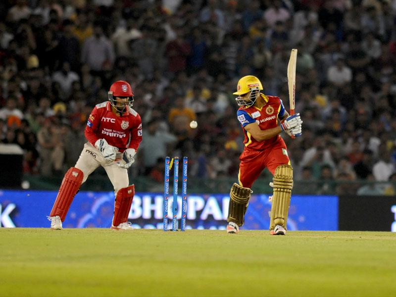 Royal Challengers Bangalore (RCB) skipper Virat Kohli was bowled for 19 by Kings XI Punjab (KXIP) seamer Anureet Singh during their IPL 2015 match at Mohali on May 13. (Ravi Kumar/HT Photo)