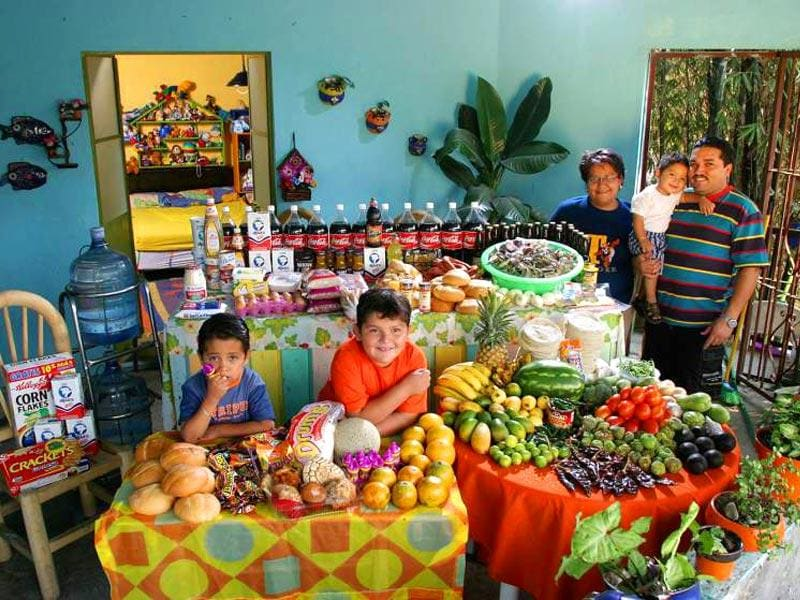 Country : Mexico | Food expenditure for one week: $189.09 (Source: Peter Menzel's book 'Hungry Planet: What the World Eats')