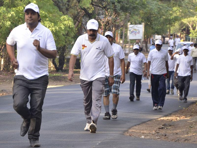 People take part in a run organised to mark the World Hypertension Day, in Bhopal on Sunday. (Mujeeb Faruqui/HT photo)