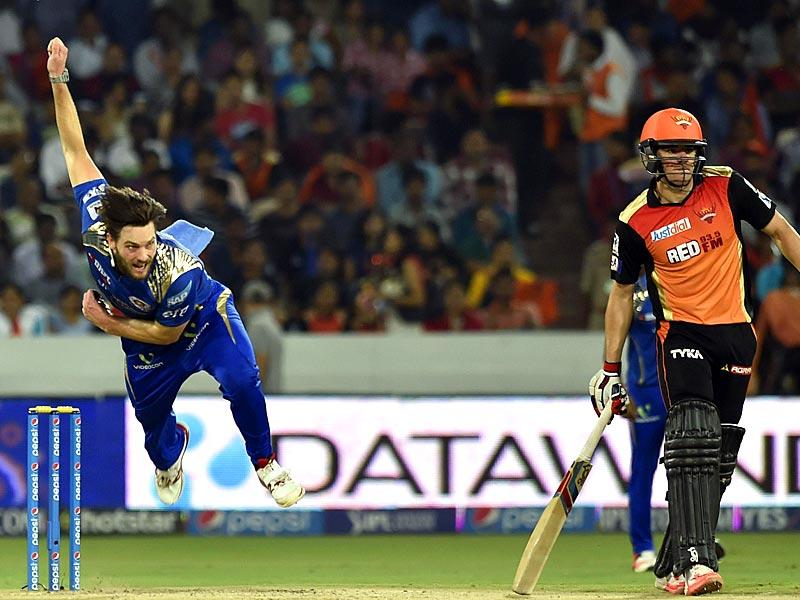 Mitchell McClenaghan starred with the ball for MI, picking up 3/16 to wreck the SRH innings. (Santosh Harhare/HT Photo)