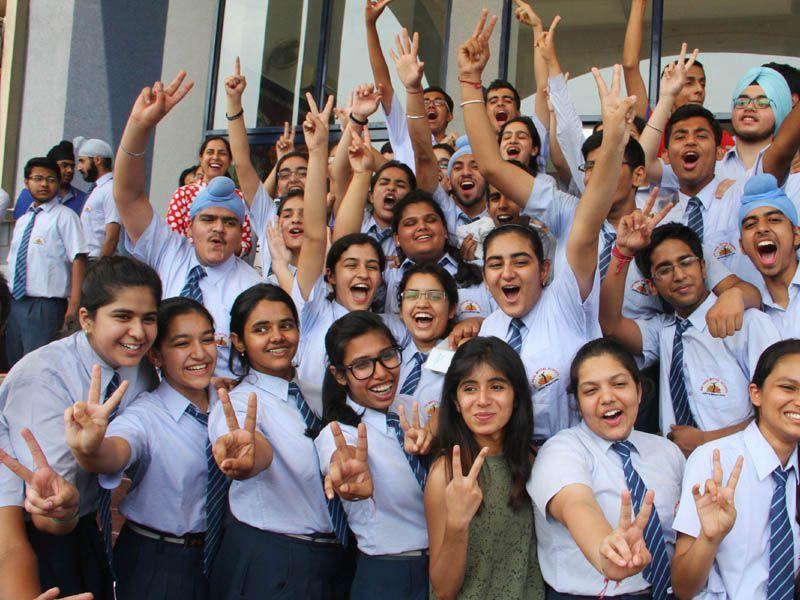 Students at school in Dugri, Ludhiana after declaration of results. HT/Photo