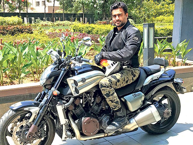 R Madhavan went to promote his movie Tanu Weds Manu Returns on his new bike.
