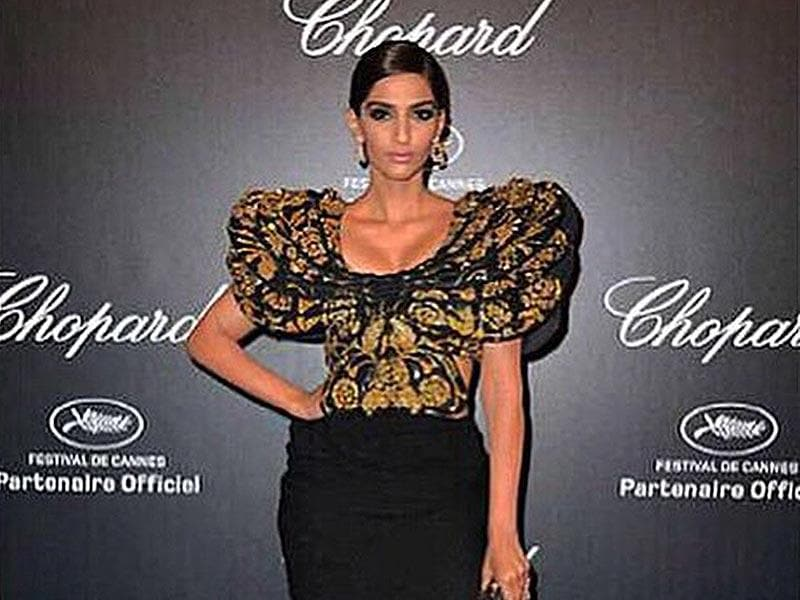 After the 'feathery' Ellie Saab gown, Sonam was seen wearing this butterfly dress from Abu Jani-Sandeep Khosla. (Courtesy: Instagram)