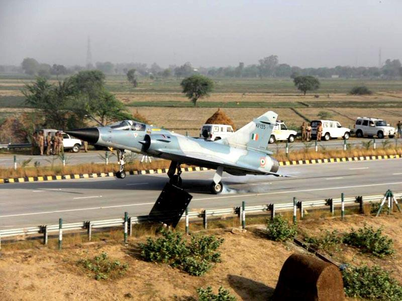 The Indian Air Force Mirage-2000 touches down on Yamuna Expressway in Uttar Pradesh. (IAF Photo)