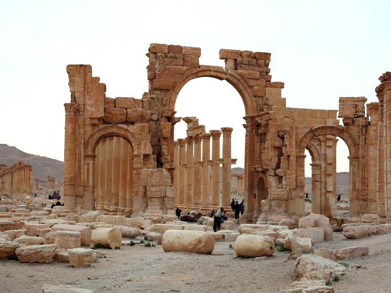 Before Syria's crisis began in March 2011, more than 150,000 tourists visited Palmyra every year. (Reuters Photo)