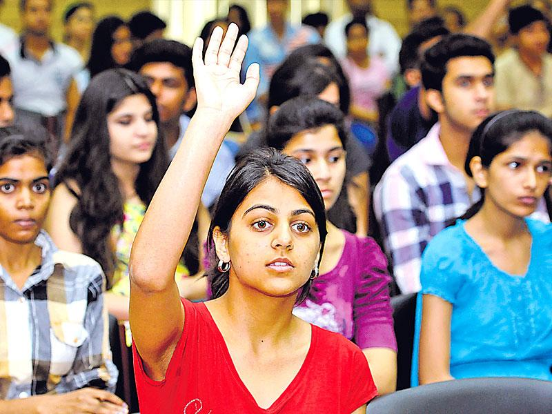 The students and parents attending the Open Days Session at Delhil University north campus, New Delhi. (HT file photo/Sushil Kumar)