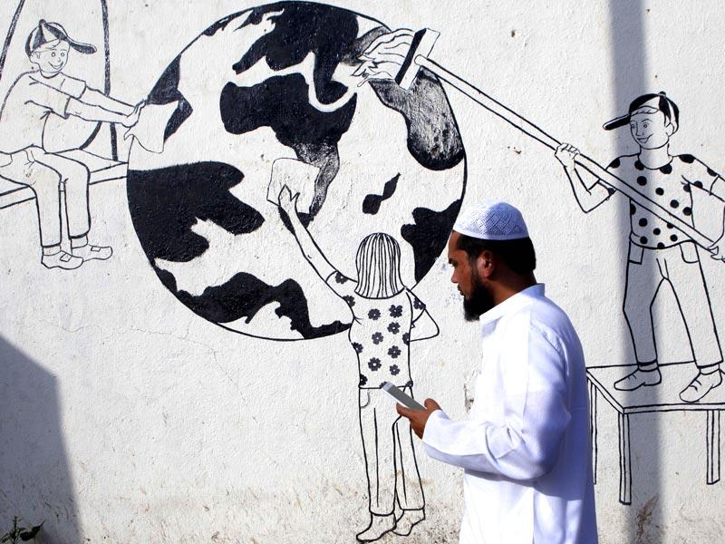 Murals on the walls of Mumbai describe the need to take care of the environment and our planet. June 5 is observed as World Environment Day. (Vidya Subramanian/HT photo)